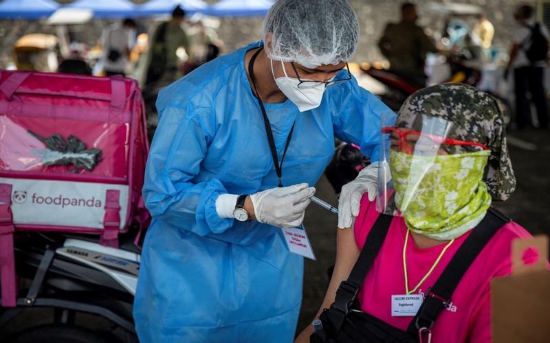 Philippines thông báo có đủ vaccine ngừa Covid-19 cho người dân - Ảnh 1.