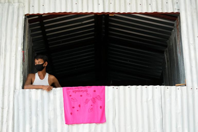 Lao động nhập cư Thái Lan trông chờ 'phao cứu sinh' vaccine COVID-19 - Ảnh 1.