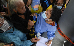 Nga căng sức đáp ứng đơn hàng vaccine Sputnik V trên toàn cầu
