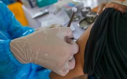 Hà Nội lên phương án dự trù số vaccine COVID-19 cần để tiêm mũi 2 cho người dân