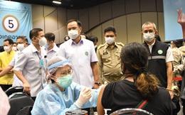 Thái Lan khởi động chiến dịch tăng tốc tiêm vaccine phòng Covid-19