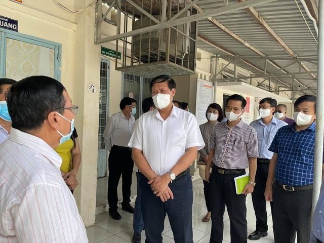 Thứ trưởng Bộ Y tế: Kiên Giang phải có sự chuẩn bị tốt mới có thể thí điểm hộ chiếu vaccine - Ảnh 3.