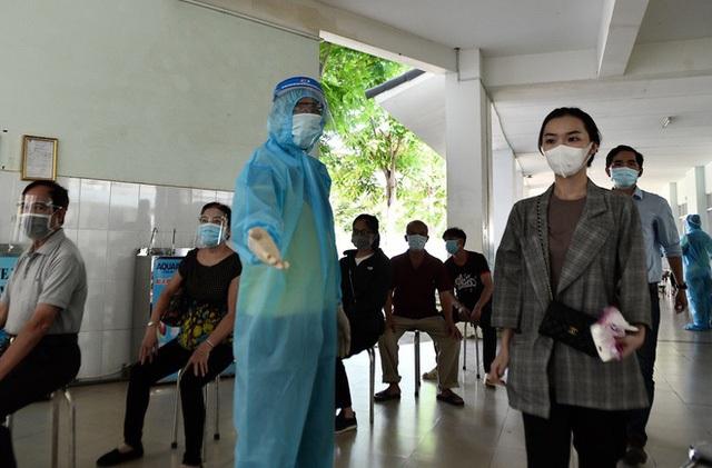 Thứ trưởng Bộ Y tế: Người ra – vào TP HCM phải có xét nghiệm âm tính SARS-CoV-2 trong vòng 3 ngày - Ảnh 4.